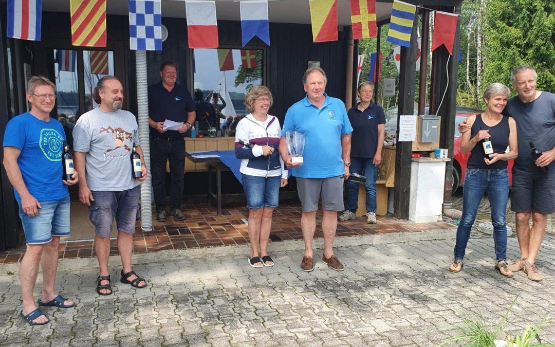 Elisabeth und Herbert Kujan gewinnen den Enzian-Pokal